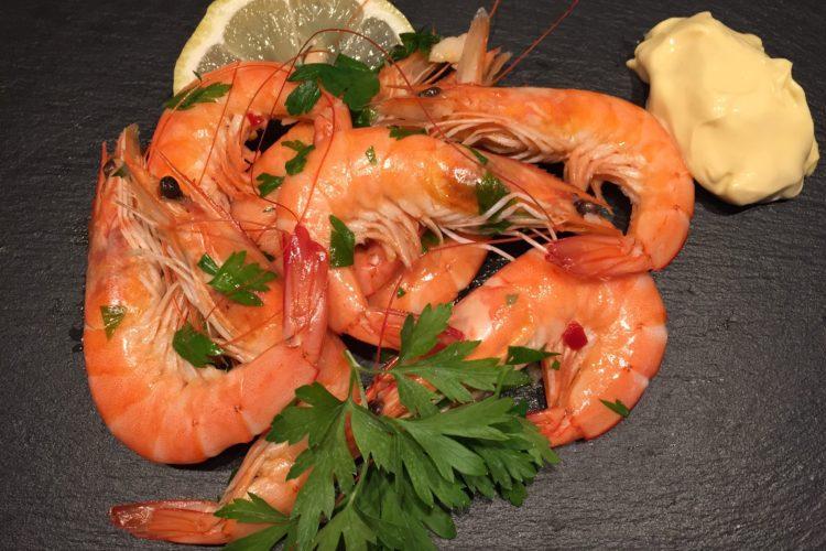 Krevety na bílém víně s petrželkou