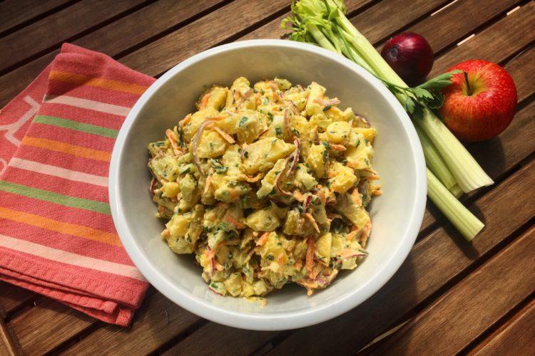 Lehký bramborový salát – nejen k vánočnímu menu!