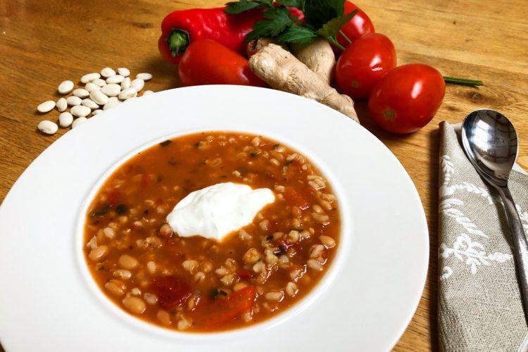 Fazolová polévka s kroupami